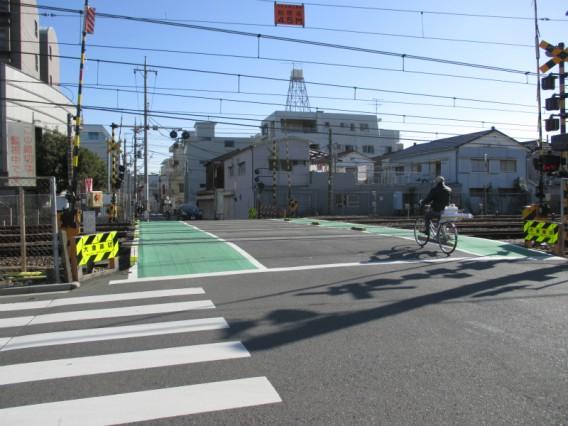 蒲田駅周辺でJR線を渡る方法その1・一番近い南の踏切・大倉踏切
