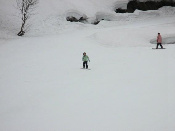春のスノーボード・新潟六日町スキー場