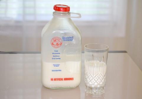 牛乳を良く飲む国では骨折が多い?