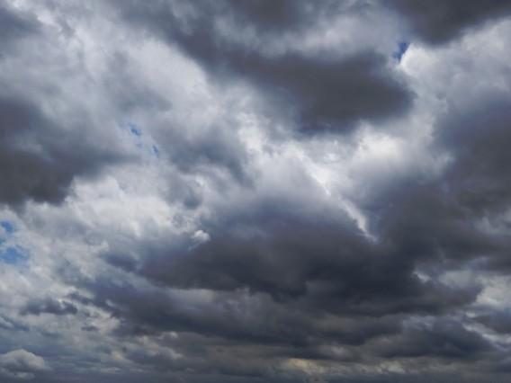 「雨は降るかな?」体に訊いてみた私の事例
